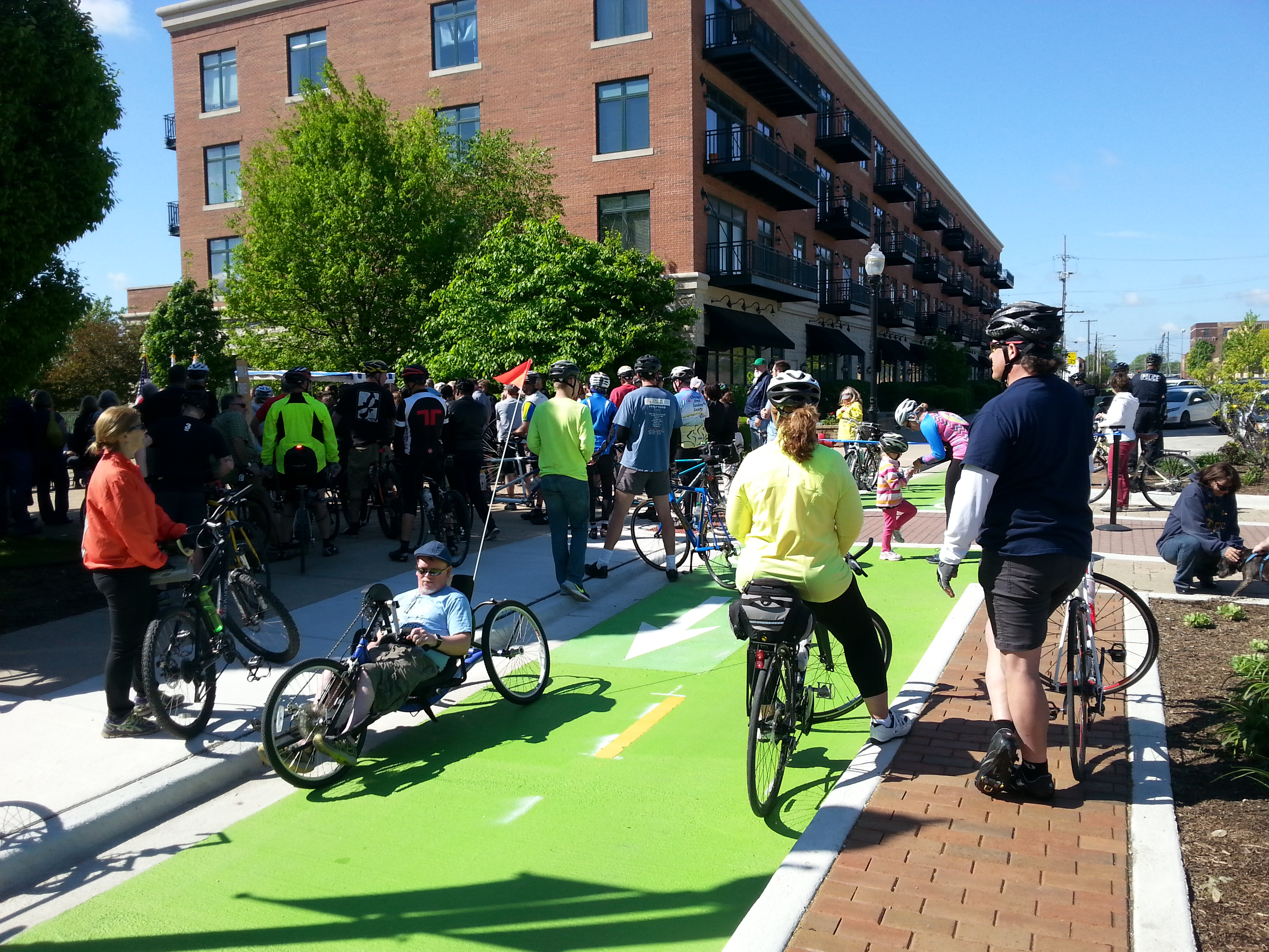 featured image Aurora, Fox River Trail get protected bike lanes