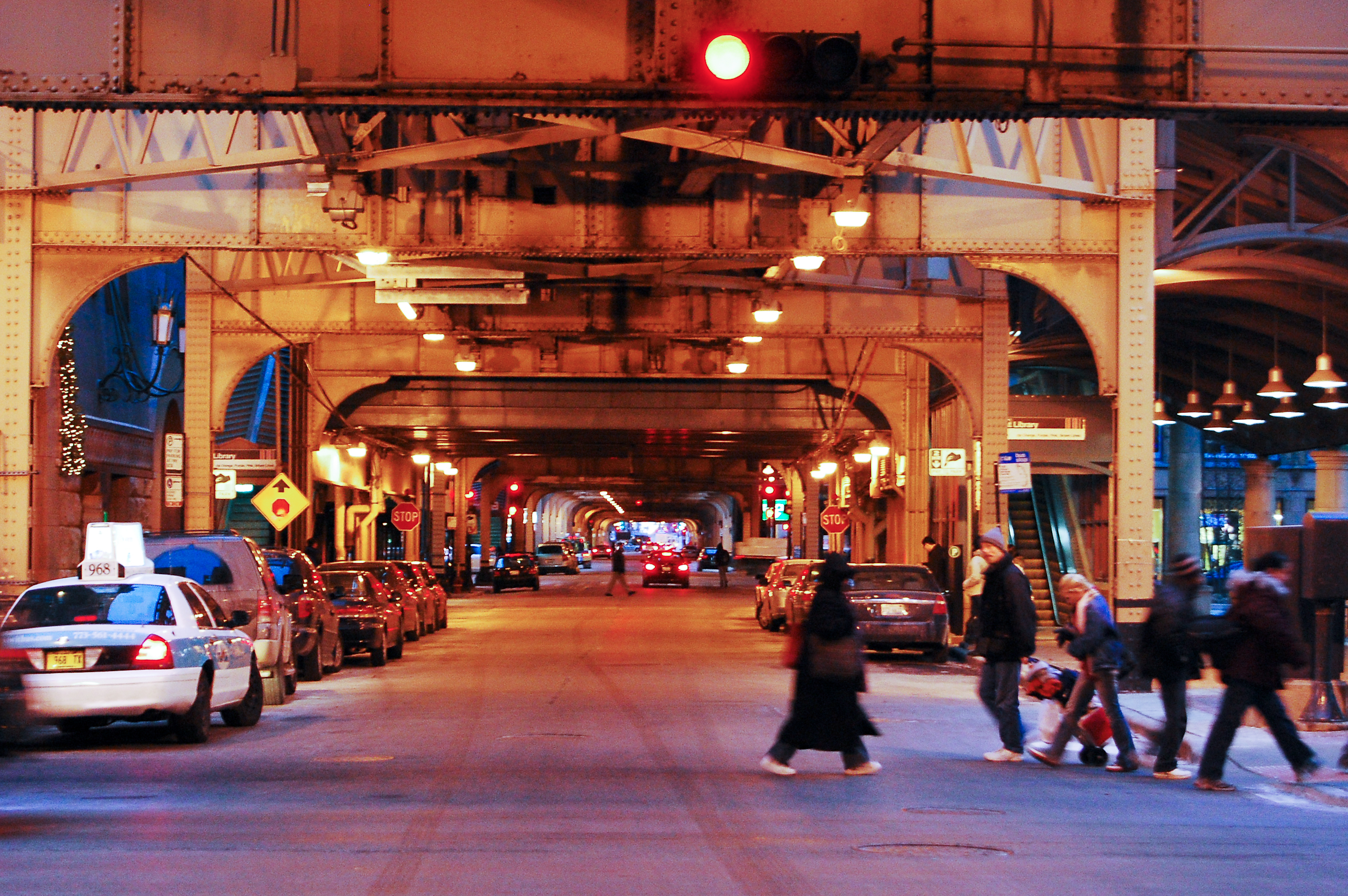 featured image Study highlights safety benefits of Chicago's red light cameras
